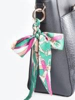 Key ring with silk ribbon