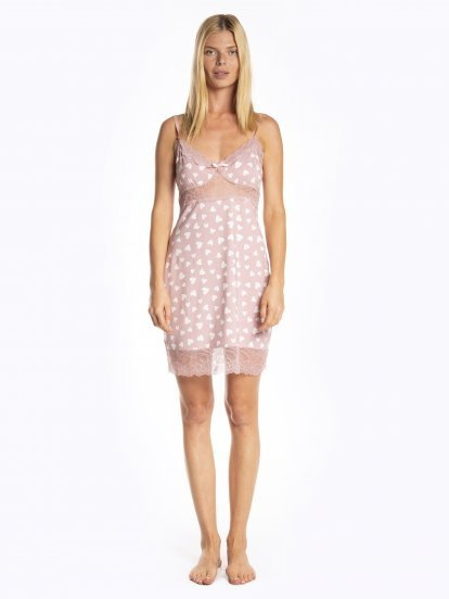 Hearts print nightdress with lace