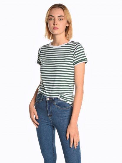 Proužkované tričko s krátkým rukávem