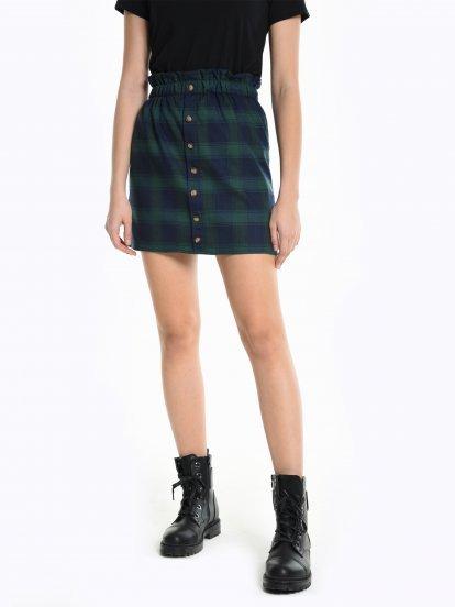 Károvaná sukňa vrecového strihu