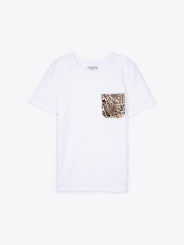 Tričko so zvieracou potlačou na náprsnom vrecku