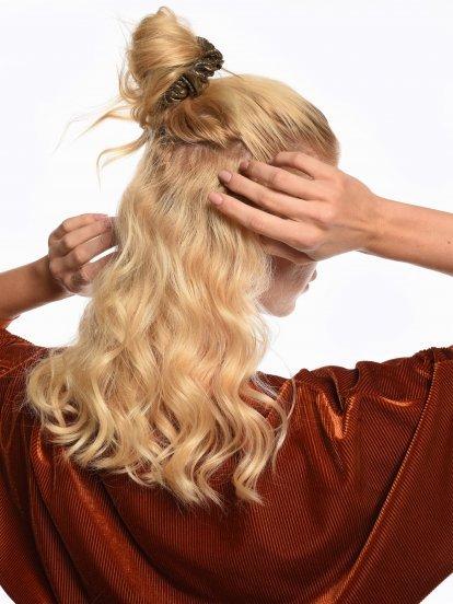 Gumička do vlasov