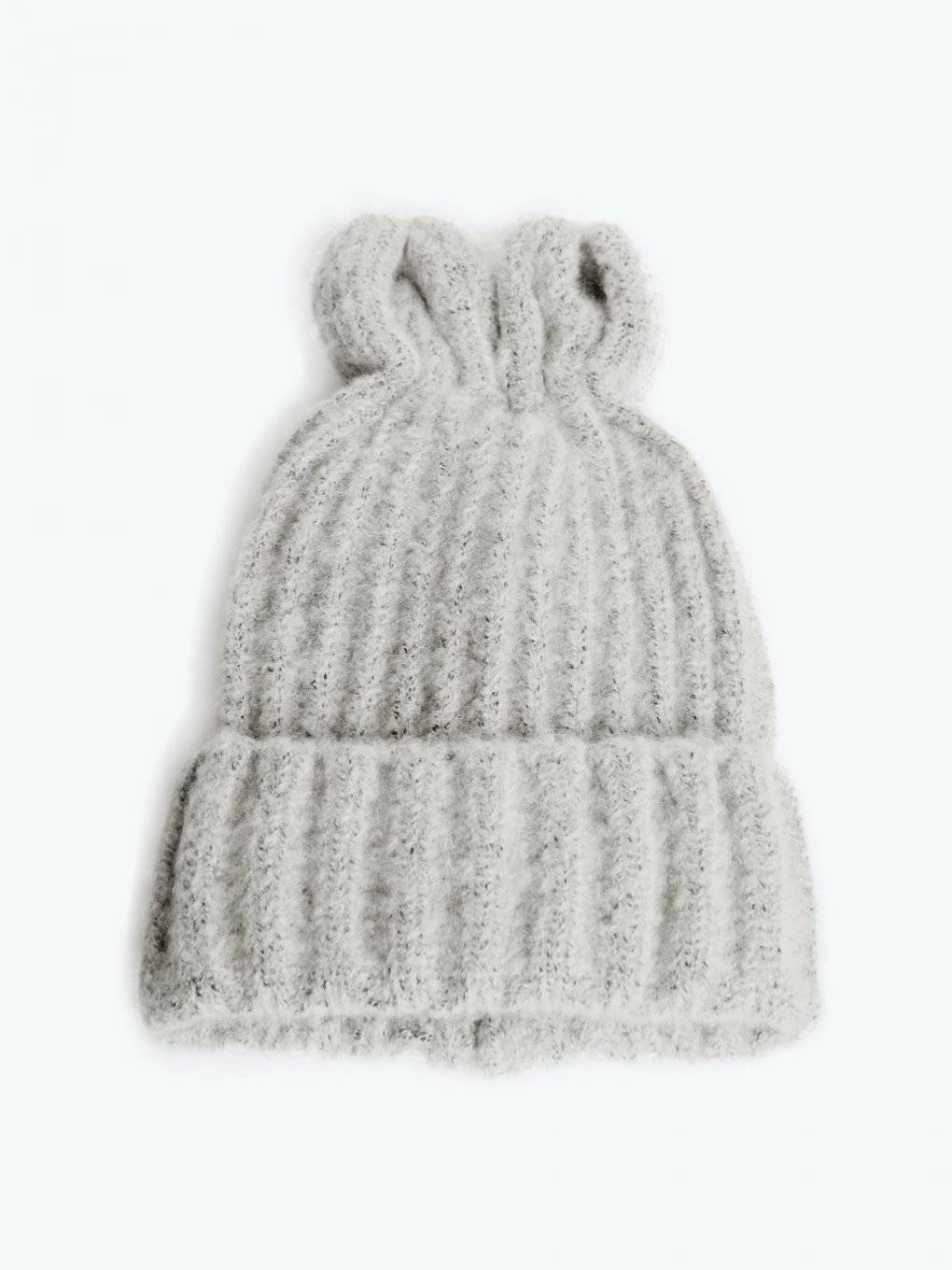 Knitted beanie with ears
