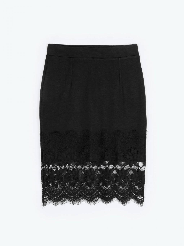 Pouzdrová sukně s krajkou