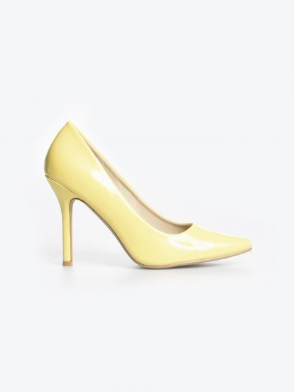 Patent finish pumps