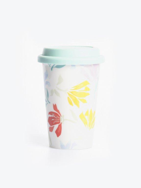 Travel mug with floral design
