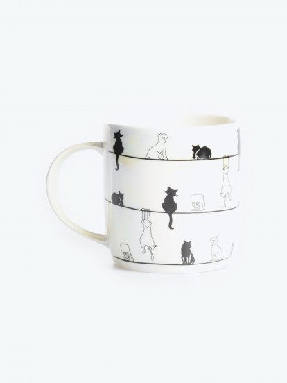 Holographic mug with cat print