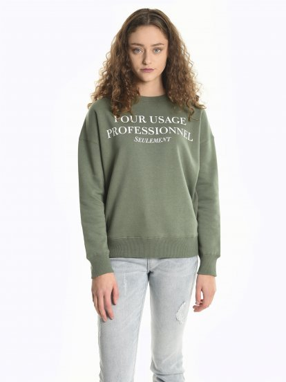 Message print sweatshirt