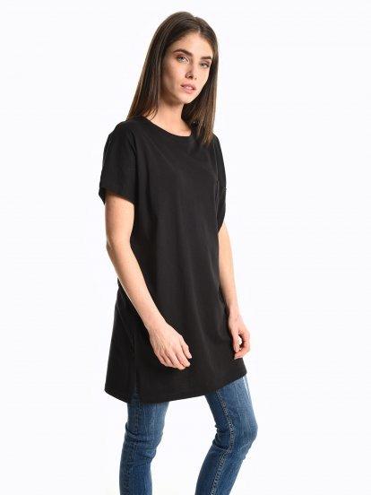 Long basic t-shirt with pocket