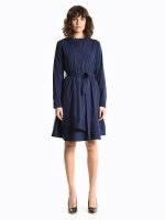 Shirt dress with blelt
