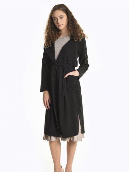 Light coat with belt