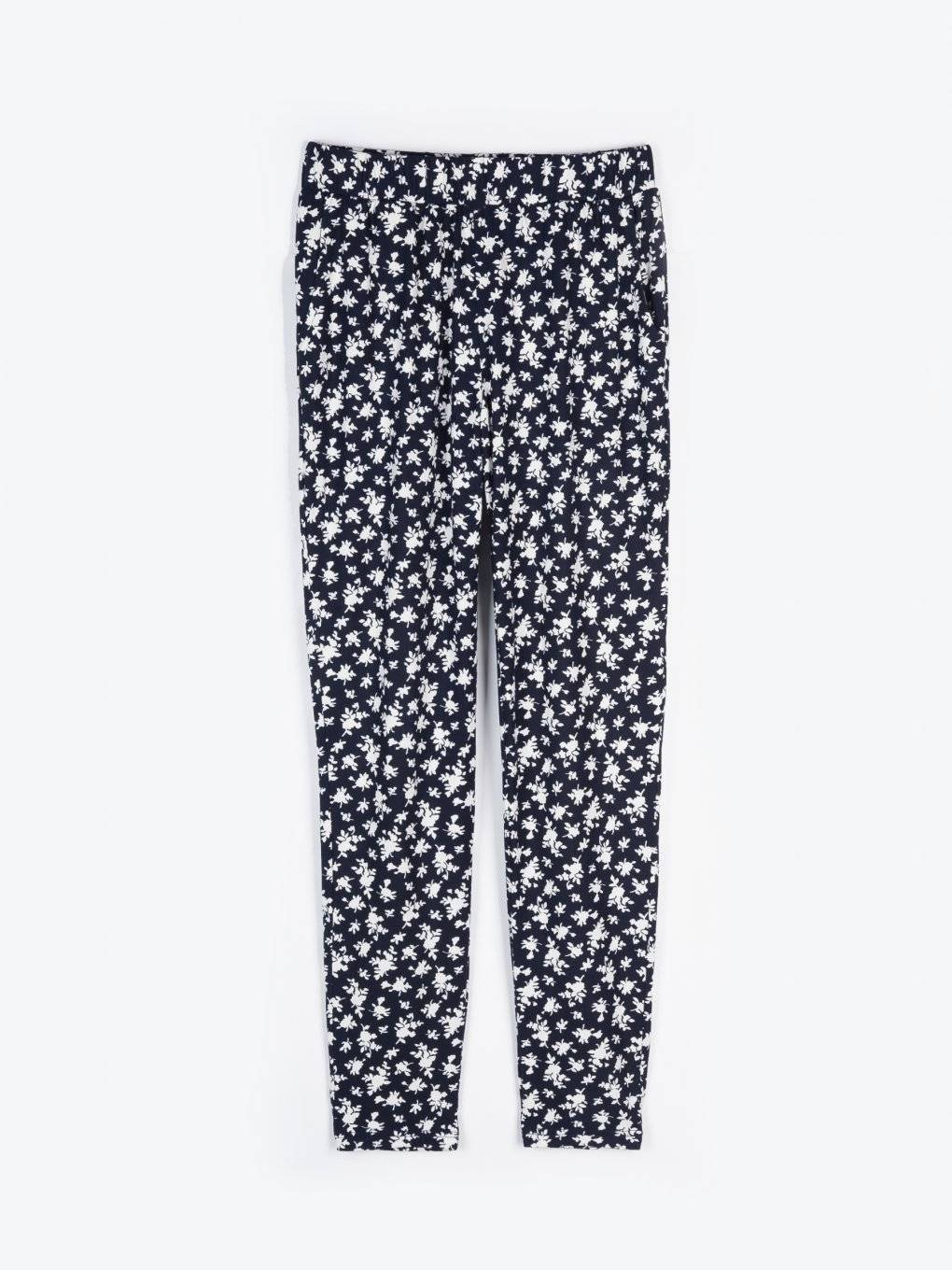 Stretchy soft trousers