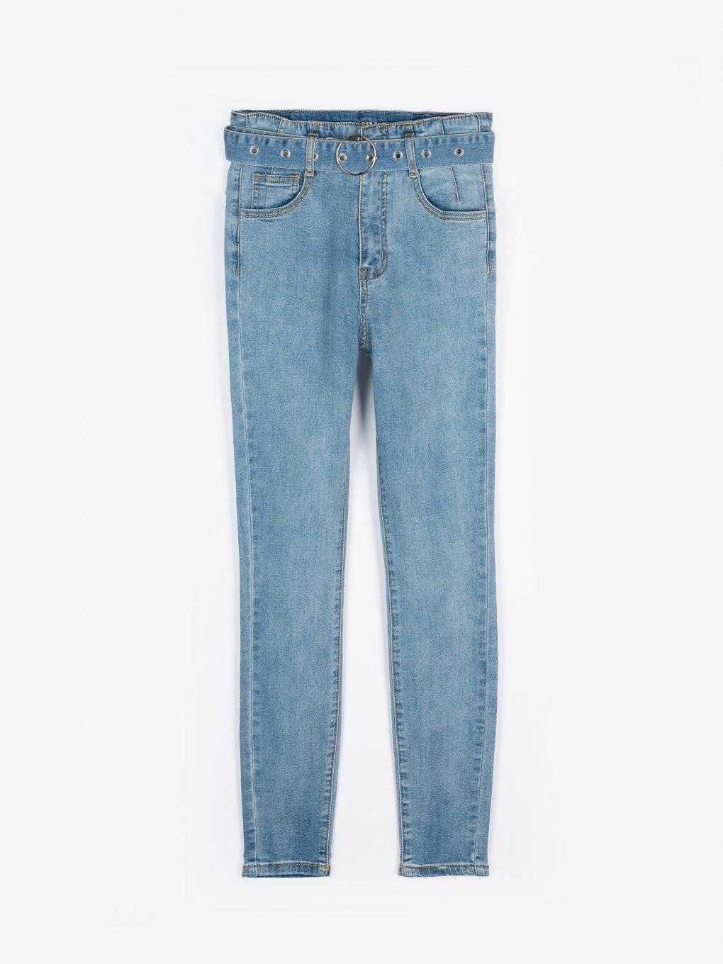 High waisted skinny jeans with belt
