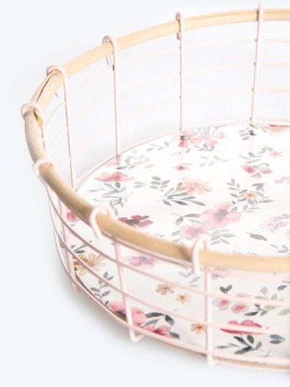 Flower design basket in vintage style