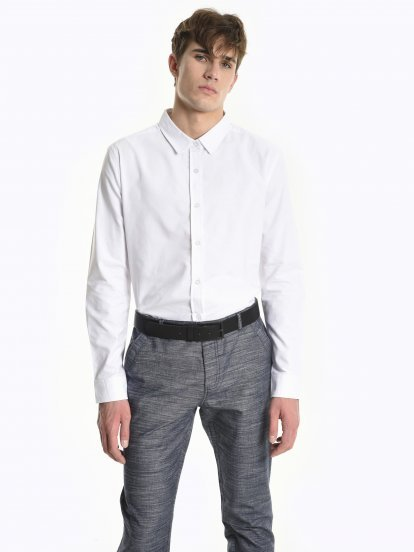 Basic cotton oxford slim fit shirt