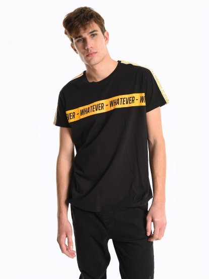 Printed t-shirt with tapes