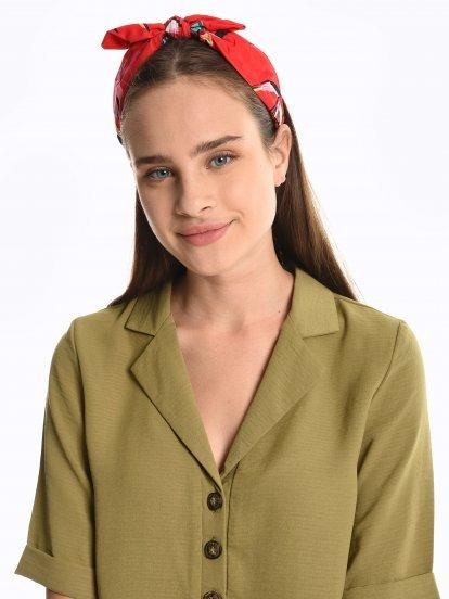 Headdress with bow