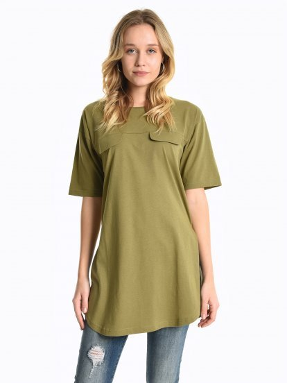 Longline top with chest pockets