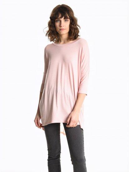 Dlouhé rozšířené tričko