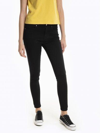 Strečové nohavice skinny fit