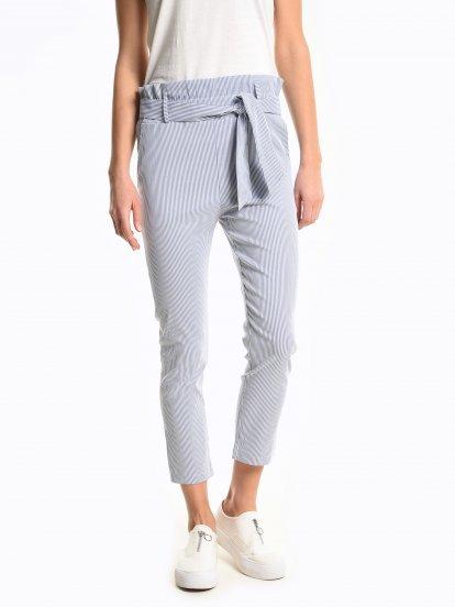 Proužkované kalhoty slim fit