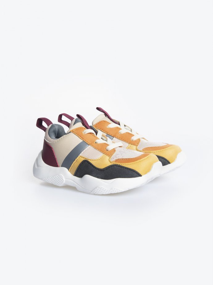 Coloured sneakers | GATE