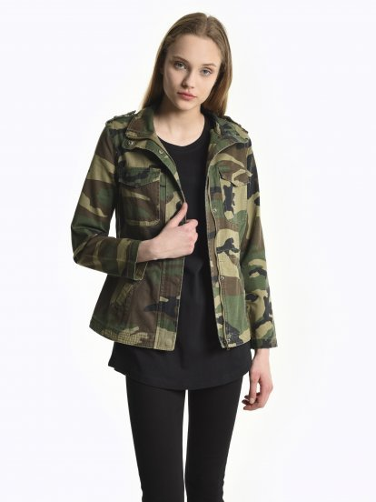 Camo print denim jacket