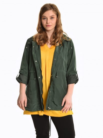 Parka with mesh lining