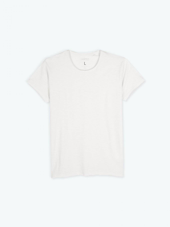 Basic koszulka slim fit z niewykończonym brzegiem