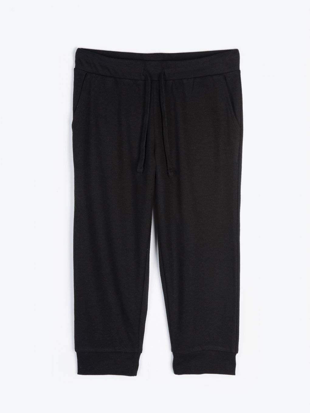 Basic 3/4 leg sweatpants