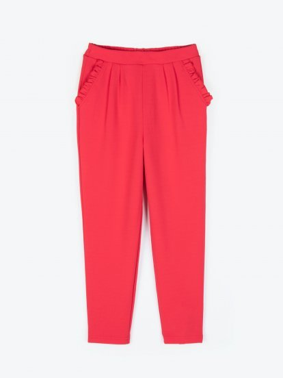 Comfy trousers with ruffle pockets