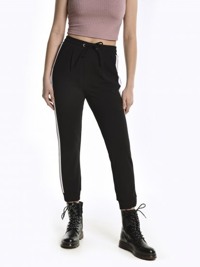 Stretchy jogger fit trousers