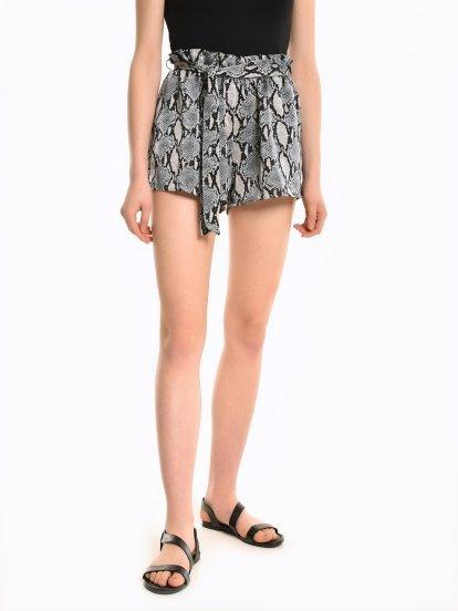 Animal print paperbag shorts