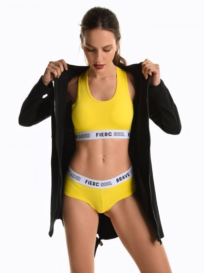 Sports panties with slogan tape