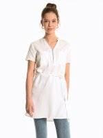 Longline blouse with zipper