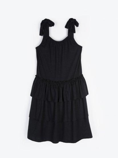Šaty s volány