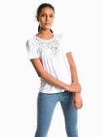 Viscose t-shirt with lace