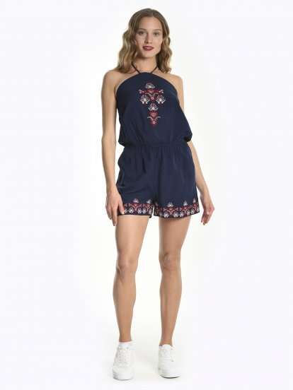 Short embroidered jumpsuit