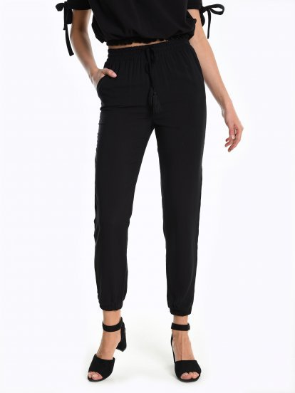Jogger fit trousers with embroidery