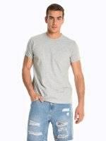 Basic koszulka z kieszenią na piersi