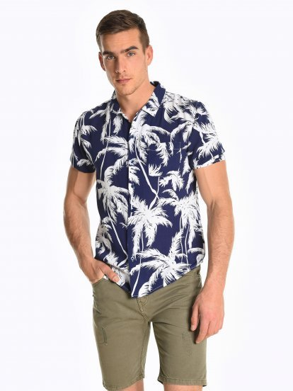 Viscose shirt with tropical print
