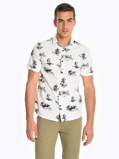 Cotton shirt with tropical print