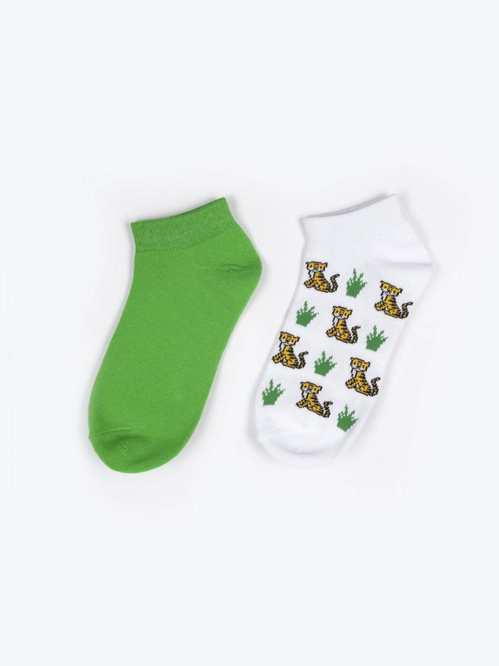 2 pack patterned socks