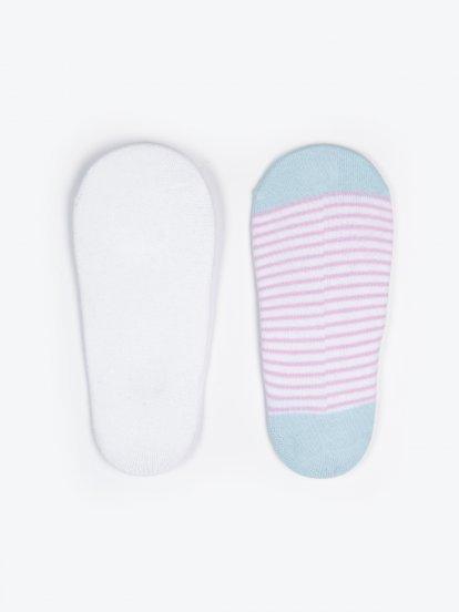 Sada tří párů pruhovaných ponožek