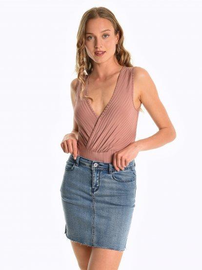 Sleeveless bodysuit
