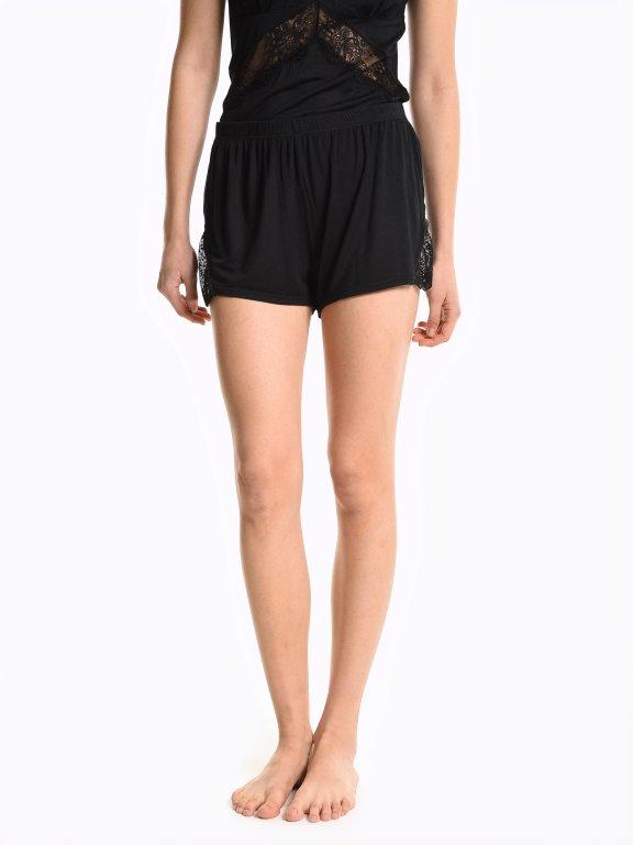 Pyjama shorts with lace
