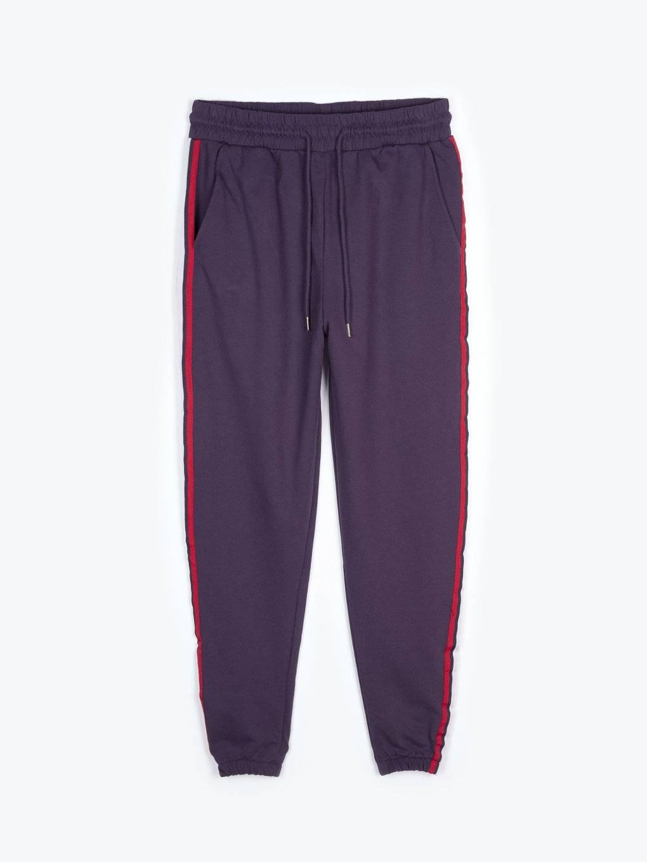 Sweatpants with side stripe