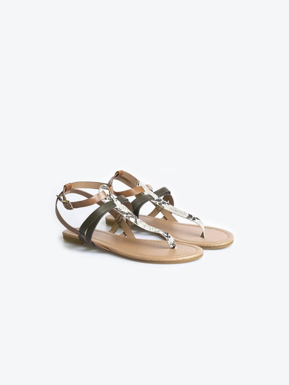 Vícebarevné sandále se zvířecím motivem