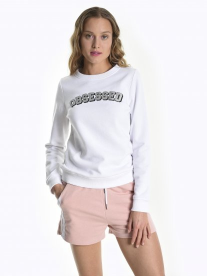Sweatshirt with metallic message print