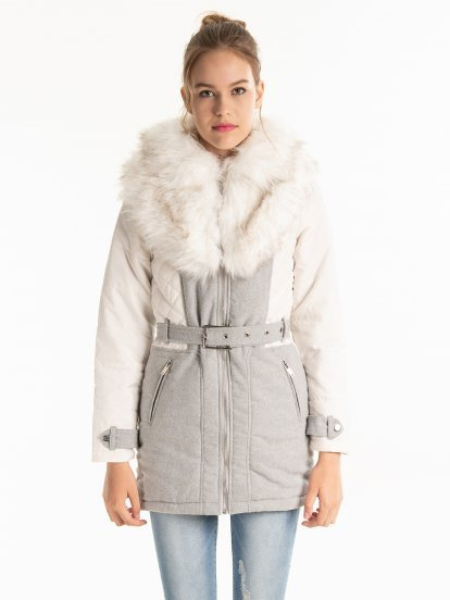 LIGHT PADDED COMBINED COAT WITH FAUX FUR COLLAR
